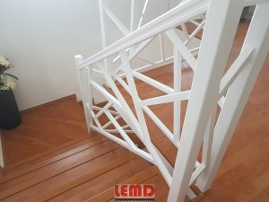 balustrada lemd moderna scari la comanda lemd mobili scri bucuresti (1)